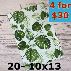 20- 10x13 Tropical Leaves Design Poly Mailers